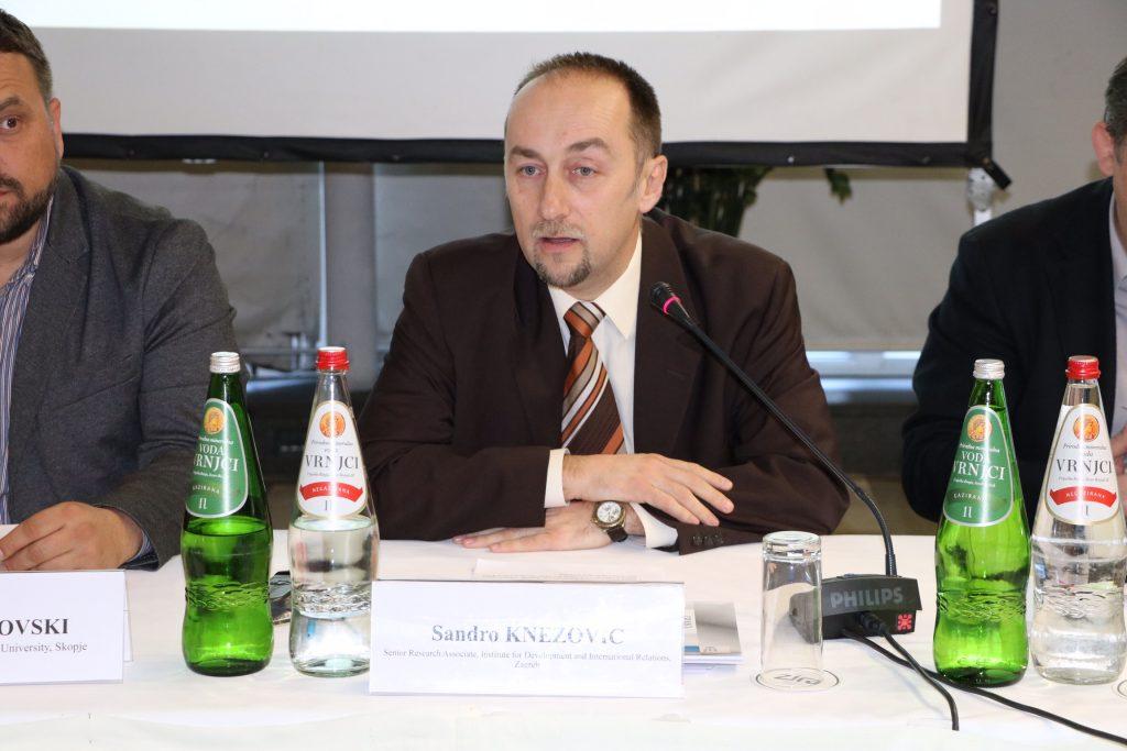 Sandro Knezović govornik